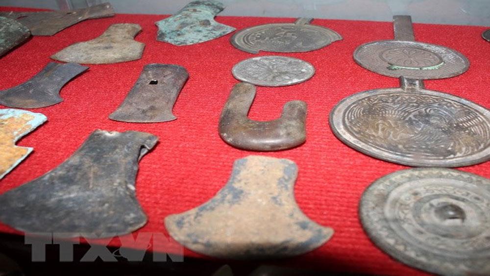 Việt Nam tiếp nhận nhiều cổ vật 2.000 năm tuổi từ cảnh sát Đức